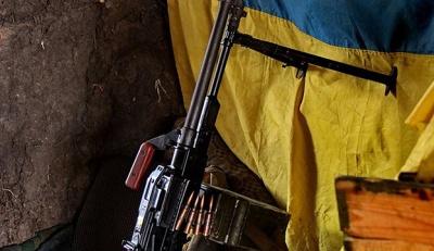 На Донбасі внаслідок обстрілу поранено 2 військових