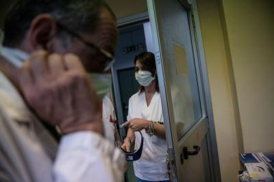 П'ятеро - на апаратах ШВЛ: що відомо про стан хворих із COVID-19 на Буковині