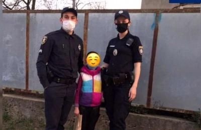 У Чернівцях 10-річна дівчинка втекла з дому, поліцейські її знайшли