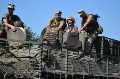 У військкоматах Буковини продовжується набір на службу за контрактом