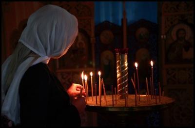 Священик з COVID-19 контактував з 127 людьми і посилення карантинних заходів. Головні новини Буковини 10 квітня