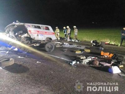 У Харкові швидка потрапила у ДТП: загинули троє осіб - фото