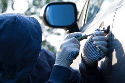 Скористався довірою знайомого: на Буковині поліцейські затримали двох крадіїв