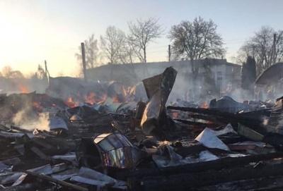 З'явилося відео масштабної пожежі в церкві на Буковині