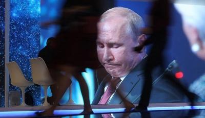 Путін переніс парад з 9 травня на невизначений термін