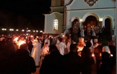 Поліція не виявила жодних порушень карантину під час богослужінь на Буковині