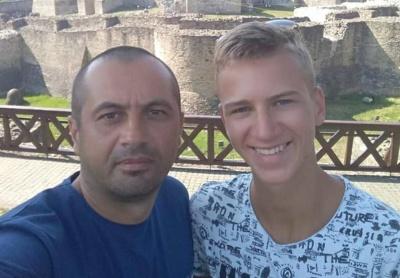 Юнак з Чернівців благає врятувати його батька: у чоловіка рак легенів