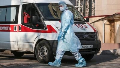 В Україні за добу на COVID-19 захворіли 107 медпрацівників