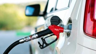Ціна на бензин в Україні може знизитися до 16 гривень