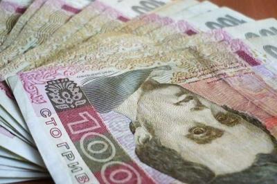 Уряд обіцяє під час карантину грошову допомогу українцям, які мають дітей