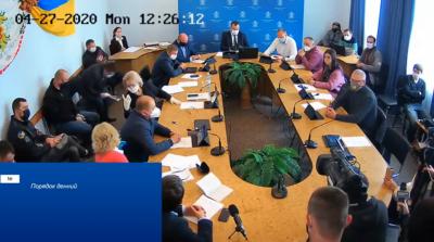 Виконком Чернівців зібрався на засідання: спробують дозволити роботу ринків – пряма трансляція