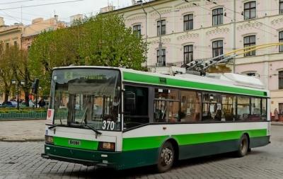 У Чернівцях тролейбус №2 змінить маршрут через ремонт вулиці Руської
