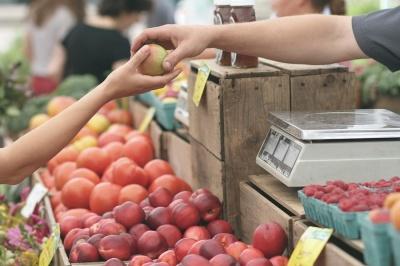 «Продавала овочі, щоб прожити»: на Буковині суд виправдав підприємицю, яка порушила карантин