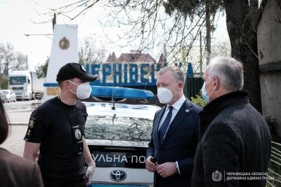 У патрульній поліції заперечили слова Осачука про лейтенанта, що пропускав буковинців в іншу область