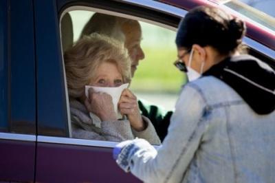 У США дослідники вважають, що пандемія COVID-19 може розтягнутися ще на два роки