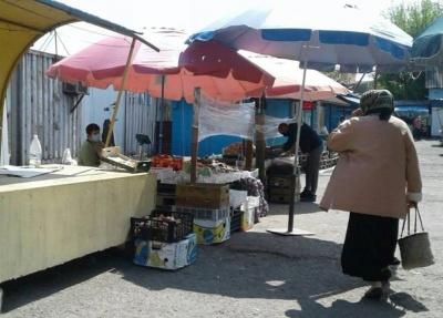 Як працюють ринки на Буковині під час карантину: фахівці знайшли порушення