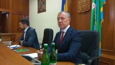 Від Осачука вимагають прозвітувати про всю гуманітарну допомогу, яка надійшла на Буковину під час епідемії