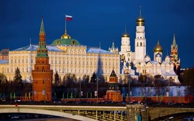 Новий антирекорд: 10 тисяч випадків СOVID-19 зареєстрували в Росії за добу