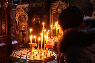 На Буковині з підозрою на COVID-19 помер 46-річний священник