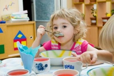 Каспрук запевнив, що у дитсадках Чернівців немає зіпсованих продуктів