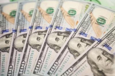 У Нацбанку порахували скільки грошей перерахували заробітчани з початку року