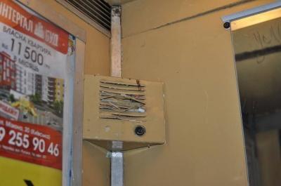 У Чернівцях через виявлені порушення суд зупинив роботу 4 ліфтів у двох багатоповерхівках