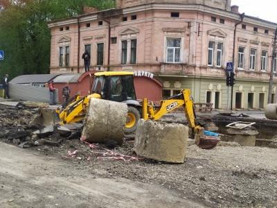 У Чернівцях на вулиці Руській встановлять веб-камери, щоб жителі стежили за ремонтом дороги