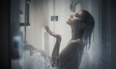Чому краще не приймати гарячий душ