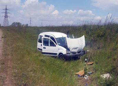 Неподалік Чернівців перекинулось авто з п'яним водієм