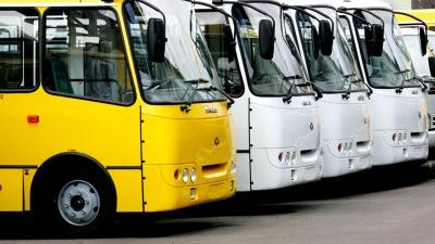 У Чернівцях відзавтра дозволили роботу маршруток: як працюватимуть та хто має право на проїзд