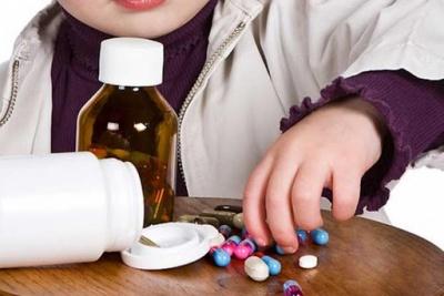 На Буковині 2-річна дитина отруїлась антистресовими таблетками