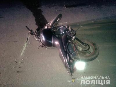На Буковині 19-річний юнак перекинувся на мотоциклі: він у важкому стані