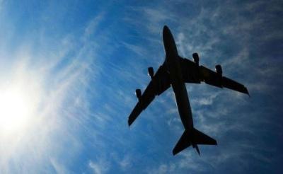 Коли в Україні відновлять авіасполучення: назвали дату