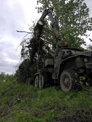 У селі на Буковині через дощі руйнується дамба - фото