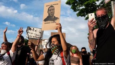 У США понад 30 міст охоплені протестами через убивство поліцейськими афроамериканця
