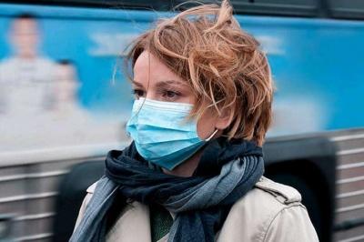 У Польші дозволили перебувати без масок на вулиці