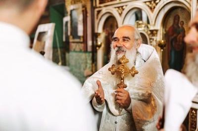 У Чернівцях помер священник