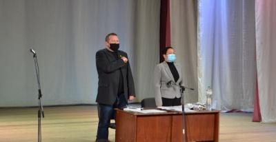 Хотинська райрада закликала Чернівецьку облраду висловити недовіру Осачуку