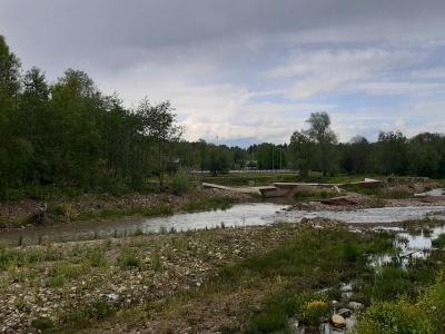 Через зливи річка розмила береги і дамби ще у двох селах Буковини – фото
