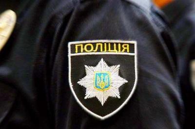 «Били, принижували, змушували роздягнутися»: на Прикарпатті – скандал за участю поліцейських