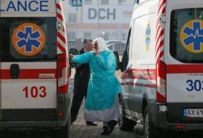 Новий спалах коронавірусу: на Буковині знову зафіксували велику кількість заражених
