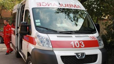 У Чернівцях 15-річна дівчина випала з балкона п'ятого поверху