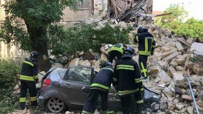 В Одесі обвалилася частина 4-поверхового житлового будинку - відео