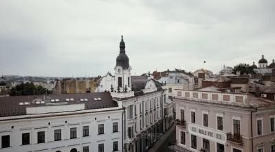 «Запрошуйте іноземців у гості»: режисер зняв красивий ролик про Чернівці