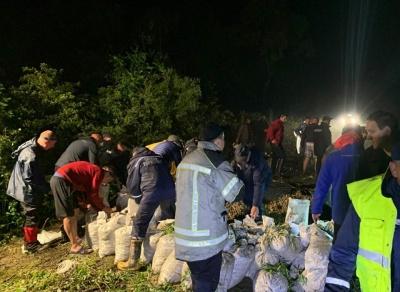 Може підтопити 145 будинків: чим загрожує прорив дамби на Буковині - фото