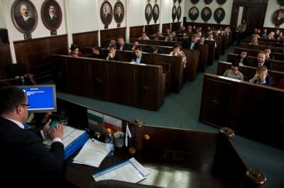 Чернівецька міськрада просить Зеленського допомогти в ліквідації наслідків паводку