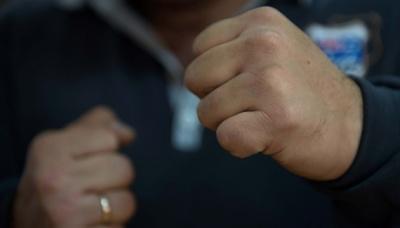 «Це тобі за дорогу»: справа про бійку в Чернівцях тягнеться два роки