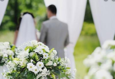 Головний санітарний лікар Буковини розповіла, як правильно святкувати весілля