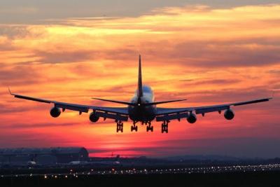 Пасажири авіарейсів з України не проходитимуть карантин у Польщі