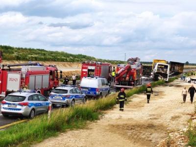 У Польщі сталася аварія з пасажирським автобусом: травмувалися 16 українців, одна людина — у важкому стані